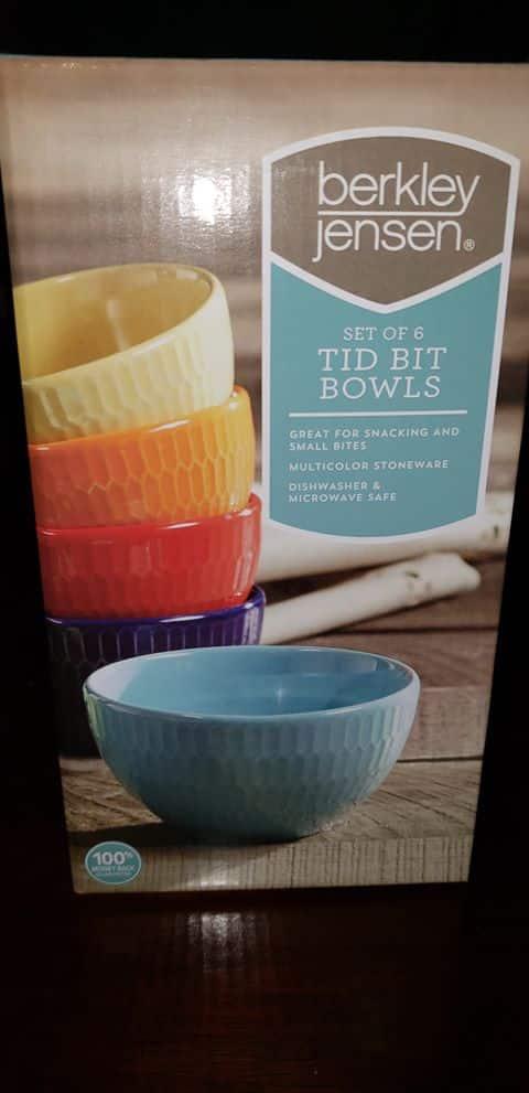 BJs Set of 6 Tid Bit Bowls Multicolored